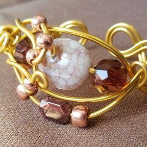 Jewelry - Twisted wire Bracelet